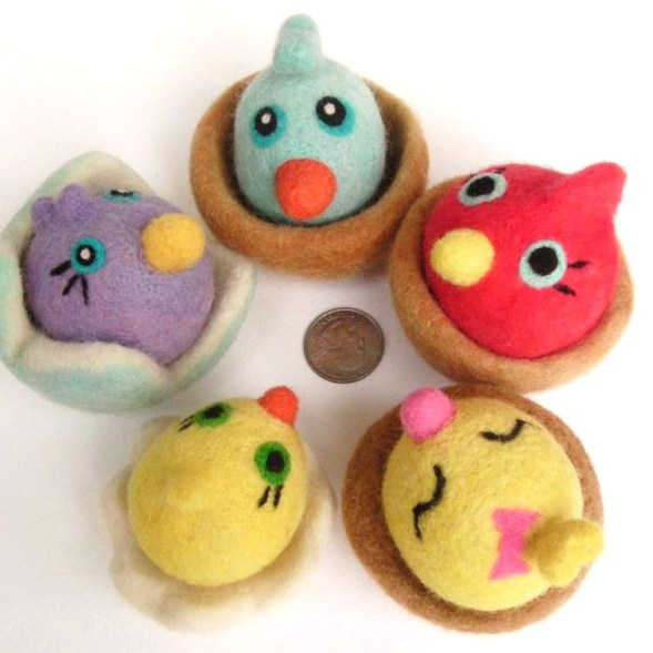 felted Easter toys, birds in nests