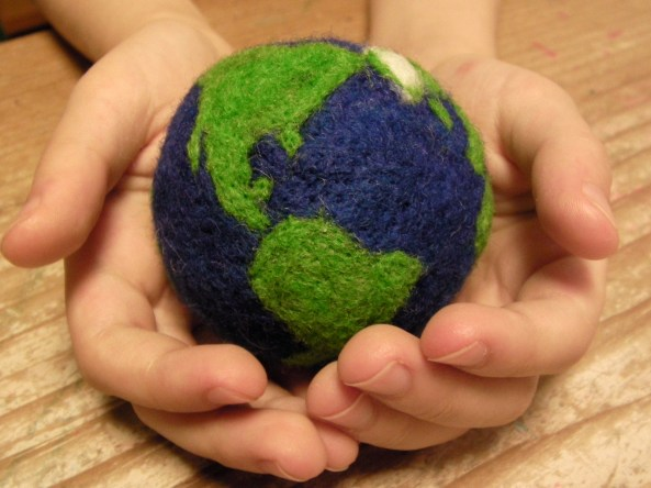 Felt Earth Toy