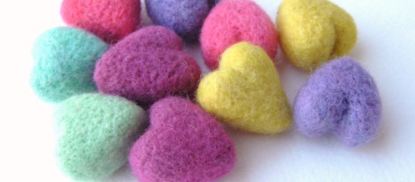 tiny needle felted hearts
