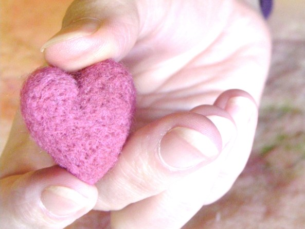 felted valentines heart