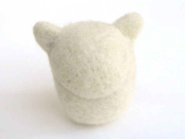 adding details on a needle felt cat