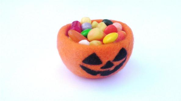 needle felt jack o'lantern candy bowl